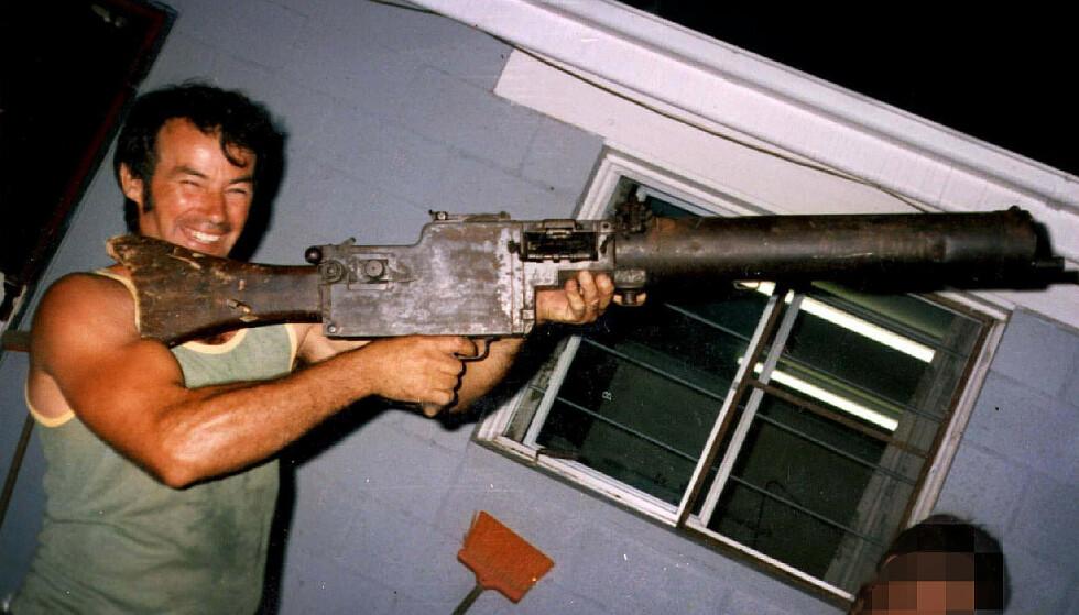 SERIEMORDER: Da Ivan Milat ble pågrepet i 1994 kom disse bildene av ham fram i offentlighetens lys. I 1996 ble han dømt for sju drap, og er en av Australias notoriske seriemordere. Foto: NTB Scanpix