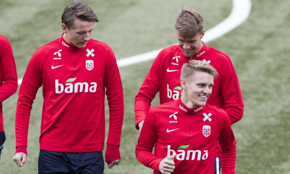 LOVENDE FRAMTID: Martin Ødegaard, Sander Berge, Kristoffer Ajer og Erling Braut Haaland er en unik norsk kvartett av uvanlig lovende fotballspillere. Foto: NTB Scanpix