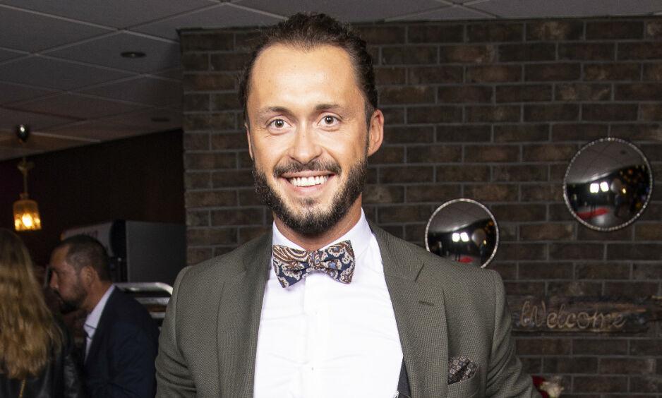 VARIERT: «Skal vi danse»-dommer Egor Filipenko har i flere år vært å se som dommer i den populære konkurransen. Før det var han proffdanser i programmet. I disse dager fyller han imidlertid hverdagen med noe helt annet enn dans. Foto: Tor Lindseth / Se og Hør