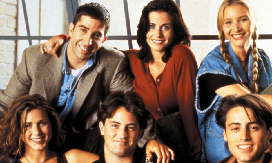 90-TALLET: Jennifer Aniston, Courteney Cox, Lisa Kudrow, Matt LeBlanc, Matthew Perry og David Schwimmer utgjorde suksessen «Venner for livet». Foto: NTB