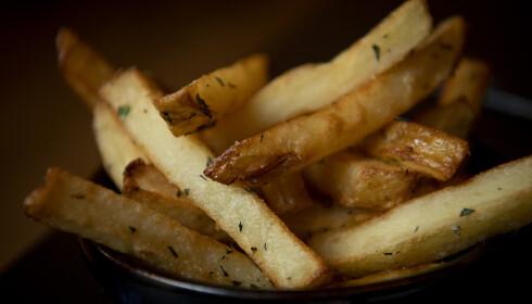 POMMES FRITES: Smakene som serveres ved siden av biffen er enkle, slik at kjøttet får skinne.