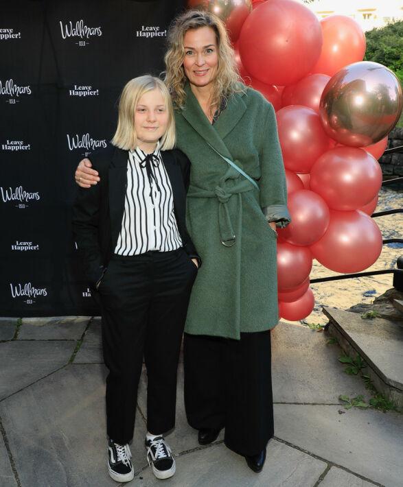 MED DATTEREN: Skuespiller Line Verndal kom sammen med datteren Helle. Foto: Tor Lindseth