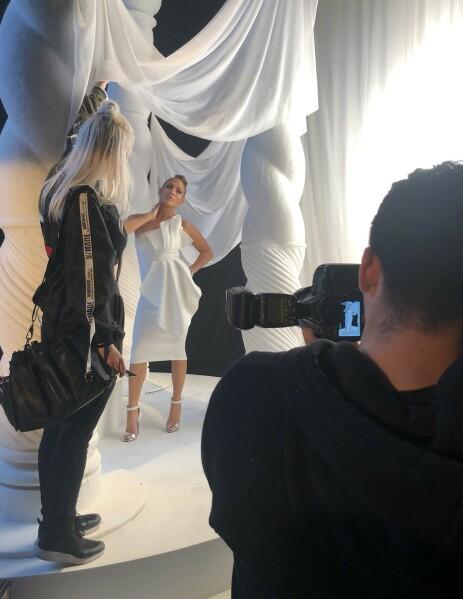 <strong>DRØMMEJOBB:</strong> Gajda har jobbet mye med Jennifer Lopez. Foto: Privat
