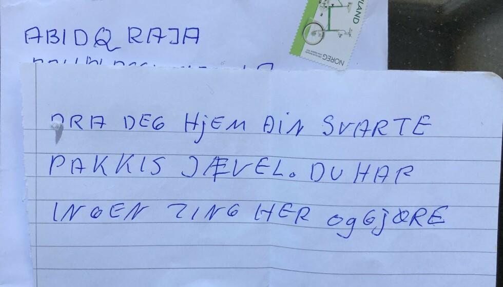 BREV: Dette brevet fant Abid Raja (V) i posten i dag tidlig. Det har stormet rundt politikeren denne uka. Foto: Abid Raja