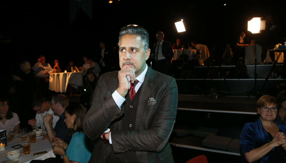 ROSES OG REFSES: Det er delte meninger om Venstre-topp Abid Rajas utfall mot Frp. Han vil ikke svare på sine lederambisjoner. Foto: Henning Lillegård / Dagbladet