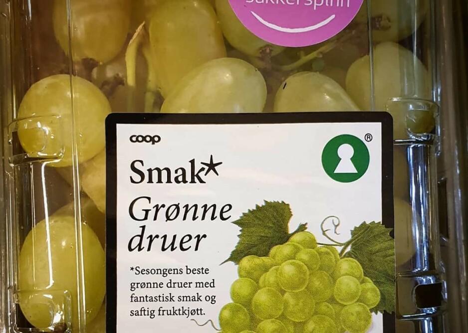 SUKKERSØTT: Nordmenn har fått smaken på Cotton candy-druene, eller sukkerspinn-druer på norsk. Foto: Coop Rørvik
