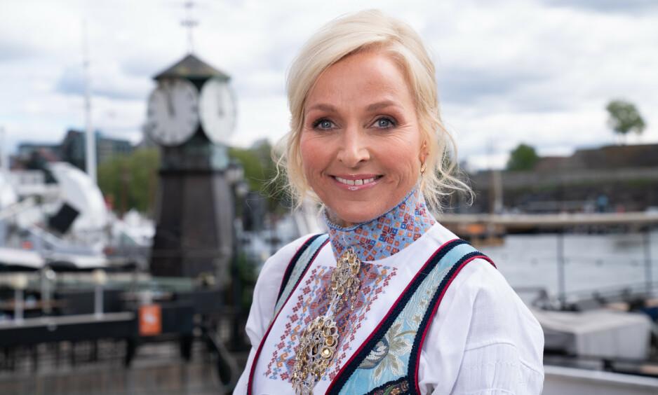 MISTET MORA: TV 2-programleder Vår Staude er i sorg etter at mora hennes Åse gikk bort av kreft. Foto: NTB Scanpix