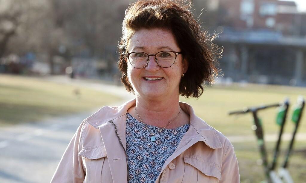 FORNØYD: Monica Friedrich har endret klesstørrelse fra XL til M. Foto: Cornelia Norström