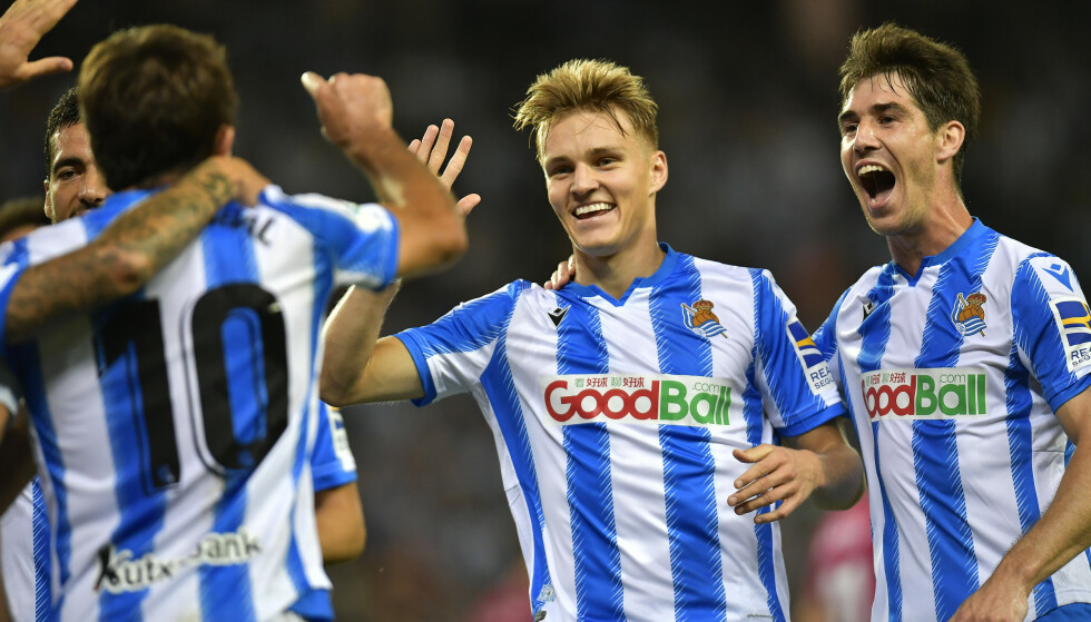 SYLFREKK: Martin Ødegaards assist på 1-0-scoringen var av det svært vakre slaget. Foto: Alvaro Barrientos/AP/NTB Scanpix