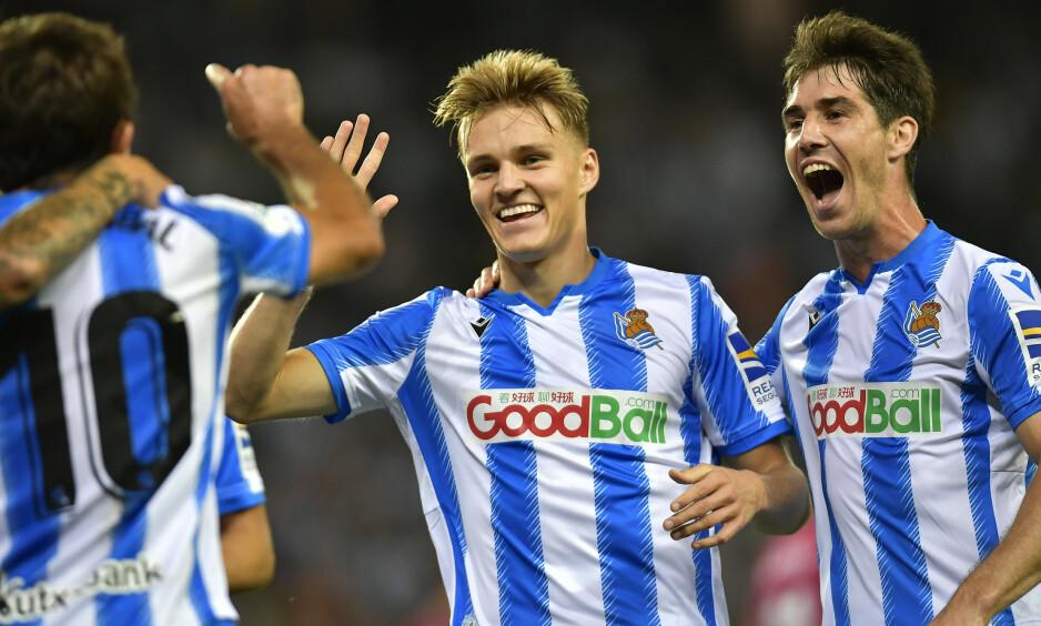 LAGSPILLER: Martin Ødegaard (20) er omringet av jevnaldrede, talentfulle spillere. Foto: AP Photo/Alvaro Barrientos