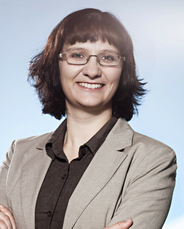 EKSPERT: Førsteamanuensis ved institutt for sosiologi og statsvitenskap på NTNU, Melanie Magin (39). Foto: Christof Mattes/©JGU Mainz