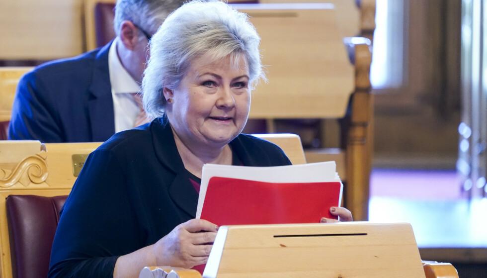 TALE: Statsminister Erna Solberg under trontaledebatten. Foto: Terje Pedersen / NTB scanpix
