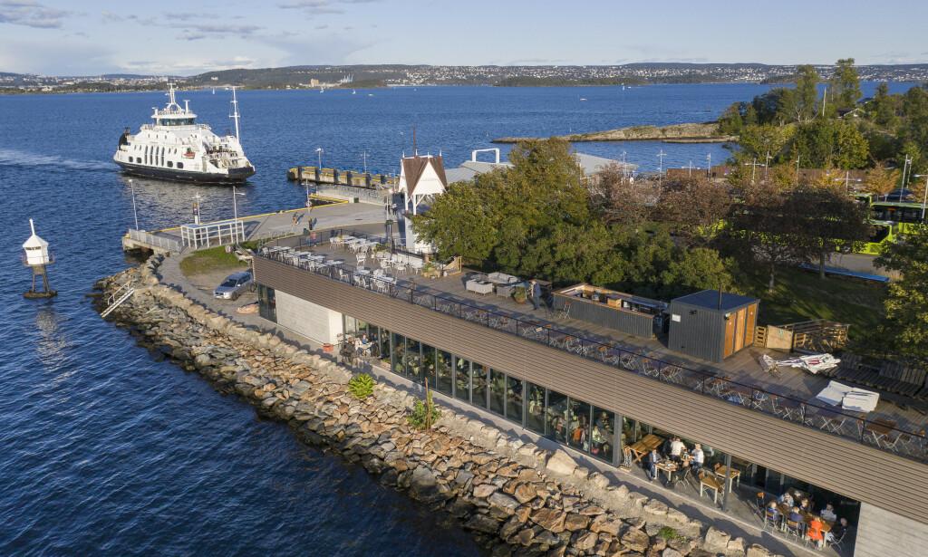 KLAPPET OG KLART: Dag Tjerslands nye restaurant Signalen Sjøbad ligger på Nesodden, en kort båttur fra Aker Brygge. Foto: Lars Eivind Bones