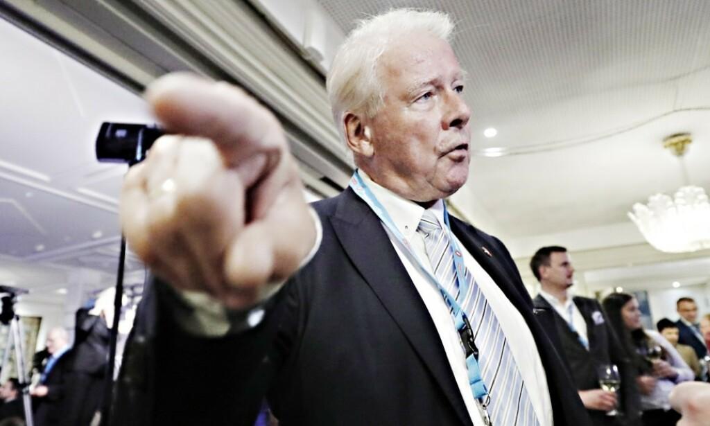 KRITISK: Carl I. Hagen er svært kritisk til Fjellinjen-direktørens etterlønn. Foto: Bjørn Langsem / Dagbladet