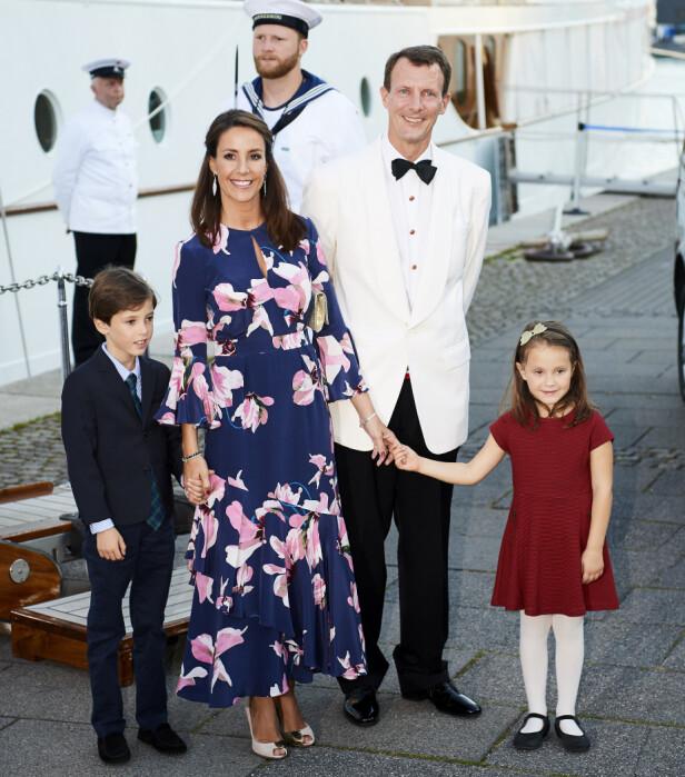 FLYTTET: Prins Joachim og prinsesse Marie tok i sommer med seg prins Henrik og prinsesse Athena til Paris. Det har vært en omdiskutert avgjørelse. Foto: NTB Scanpix