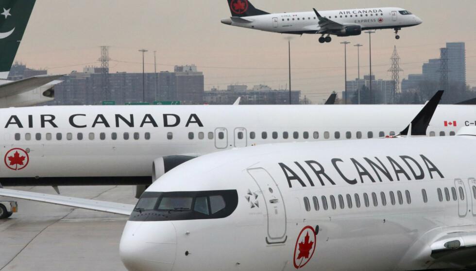 NØDLANDET: Flyselskapet Air Canada måtte nødlande, da en kraftig stank spredte seg i kabinen. Foto: Reuters / NTB Scanpix