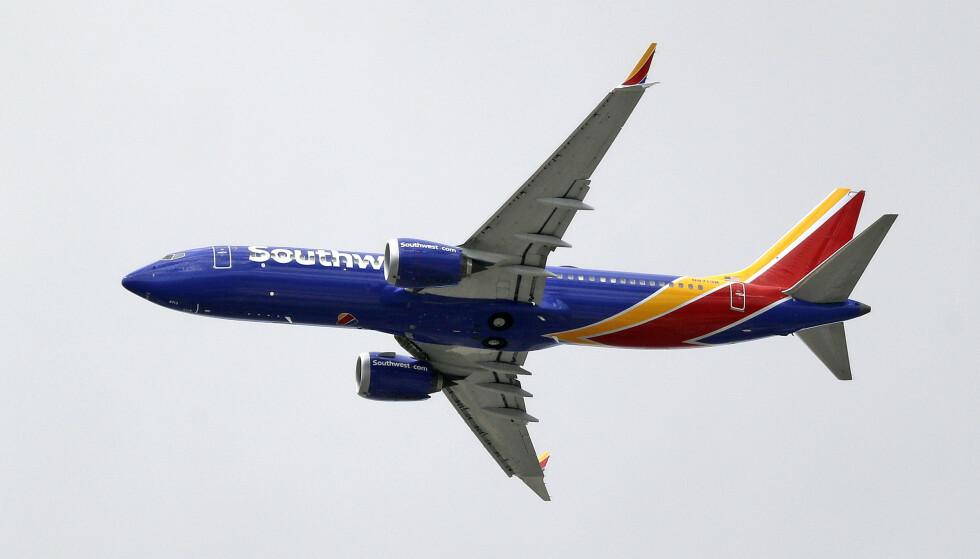 <strong>PÅ BAKKEN:</strong> Det amerikanske flyselskapet Southwest Airline har satt to Booeing 737 NG-fly på bakken. Dette bildet viser en Boeing 737 Max 8. AP Photo/Elaine Thompson / NTB Scanpix