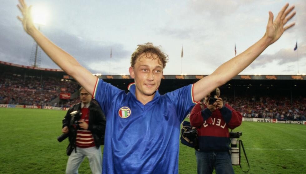 DEN STØRSTE HELTEN: Alle var gode, alle var helter, men Lars Bohinen, som scoret seiersmålet mot Italia på Ullevaal i 1991 var den aller største. 2-1 over Italia 5. juni 1991 var på mange måter starten på det norske fotballeventyret under Drillo. Slår vi Spania kan et nytt eventyr være på gang. Foto: Ingar Johansen / NTB Scanpix