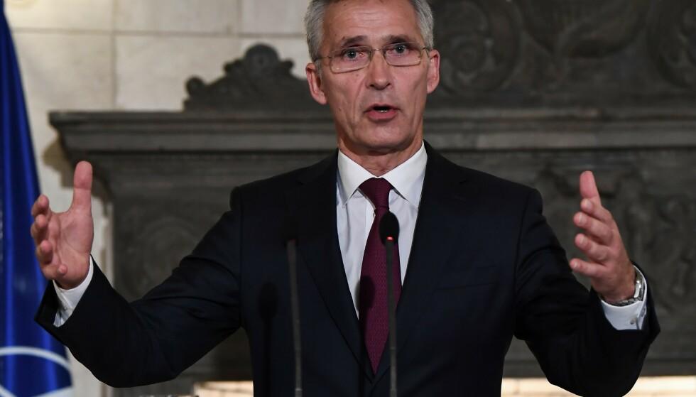 GRATULERER: NATO-sjef Jens Stoltenberg. Foto: Aris MESSINIS / AFP / NTB scanpix