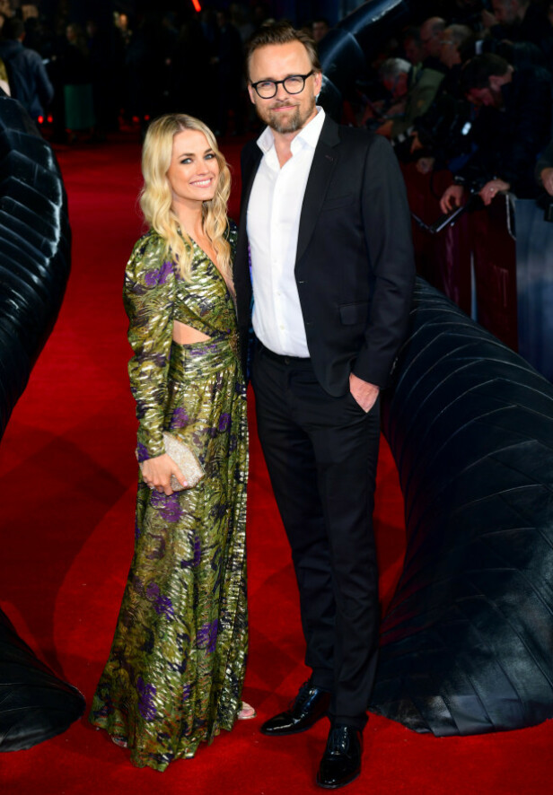 <strong>NYGIFTE:</strong> Regissør Joachim Rønning ankom «Maleficent: Mistress of Evil»-premieren sammen med sin kone, milliardærarving Amanda Hearst. Foto: NTB scanpix