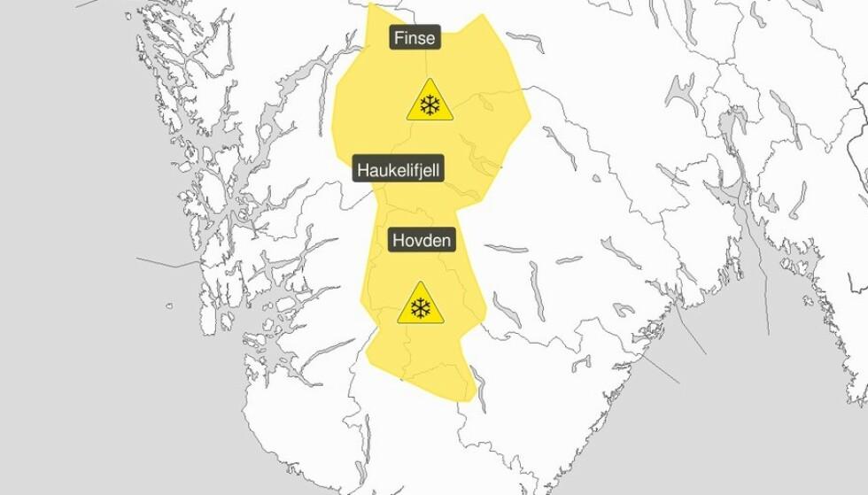 SNØ OG SLUDD: Det blir vanskelige kjøreforhold i de sørligste områdene av Langfjella. Foto: Meteorologisk institutt / Twitter