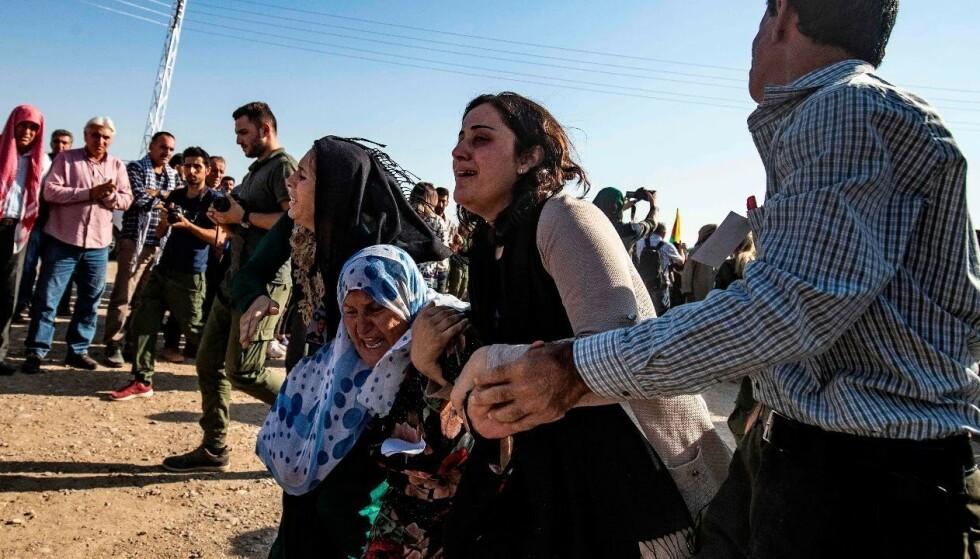 MISLYKTES: USA skal ha planlagt å hente ut flere titalls IS-fanger fra fengsler i Nord-Syria, ifølge New York Times. Foto: Scanpix/NTB.