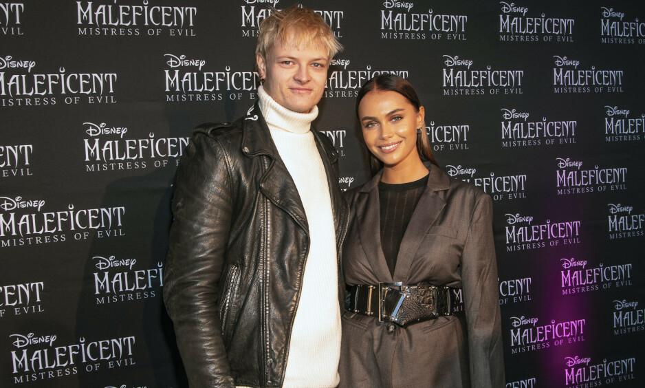 KOM SAMMEN: Marius Borg Høiby var til stede under den eksklusive førpremieren av «Maleficent: Mistress of Evil» for å se samboeren Juliane Snekkestad debutere i Hollywood-filmen. Foto: Tor Lindseth