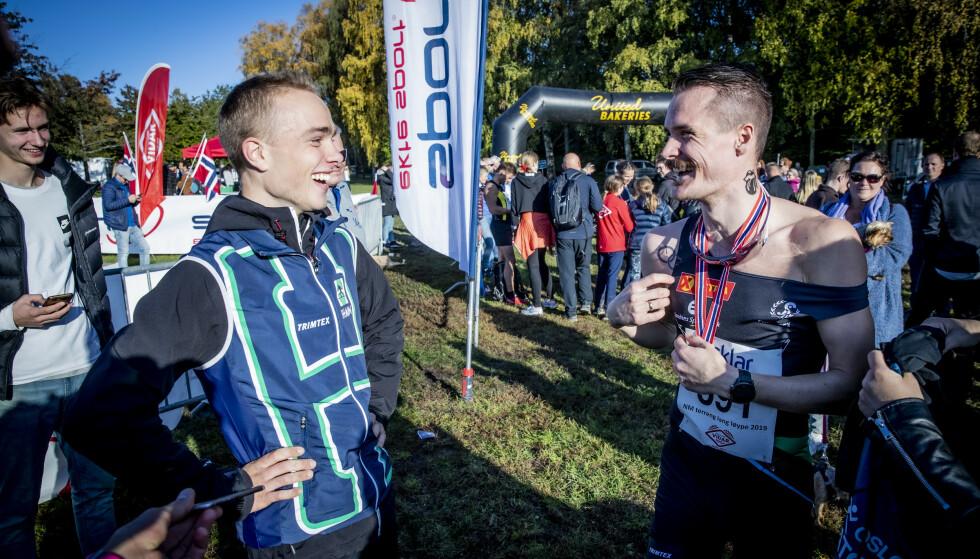 Frognerparken  20191013:   NM i terrengløp.  Henrik Ingebrigtsen fleiper med Kasper Fosser, orienteringsløper. Foto: Bjørn Langsem / DAGBLADET.