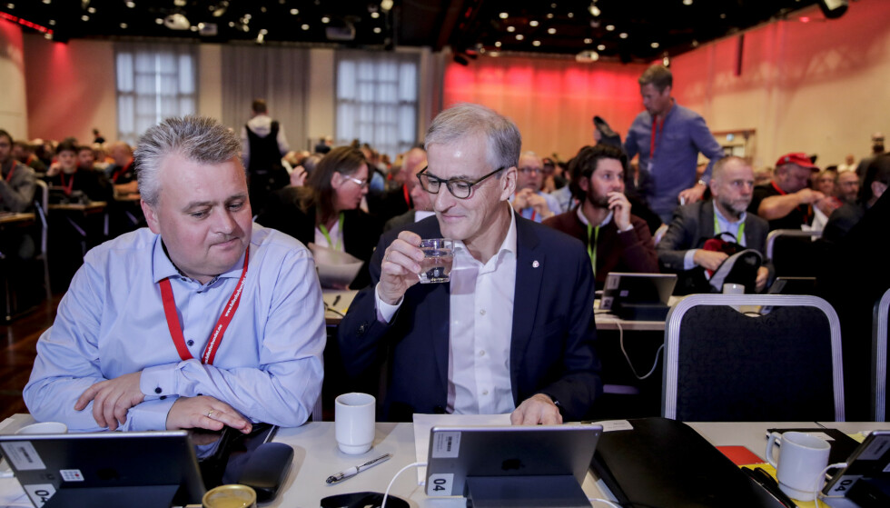 LANDSMØTE: Ap-leder Jonas Gahr Støre på Fellesforbundets landsmøte sammen med Jørn Eggum, leder i Fellesforbundet. Foto: Vidar Ruud / NTB