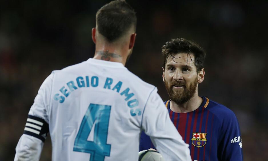 UTSATT: Det blir ingen duell mellom Sergio Ramos og Lionel Messi neste helg ettersom kampen mellom Barcelona og Real Madrid utsettes. Foto: AP Photo/Manu Fernandez/NTB Scanpix