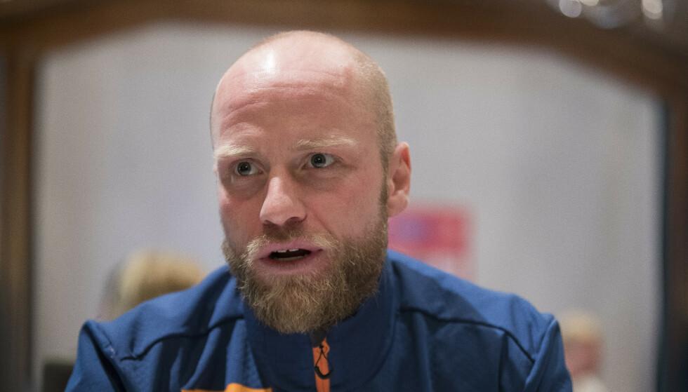 HØYE KRAV: Det er Martin Johnsrud Sundby som har satt standarden på treninga på herrelandslaget de siste årene. Da han ikke lenger klarte å oppfylle sine egne krav, ble det naturlig å prioritere nye løpere. FOTO: Terje Pedersen / NTB scanpix