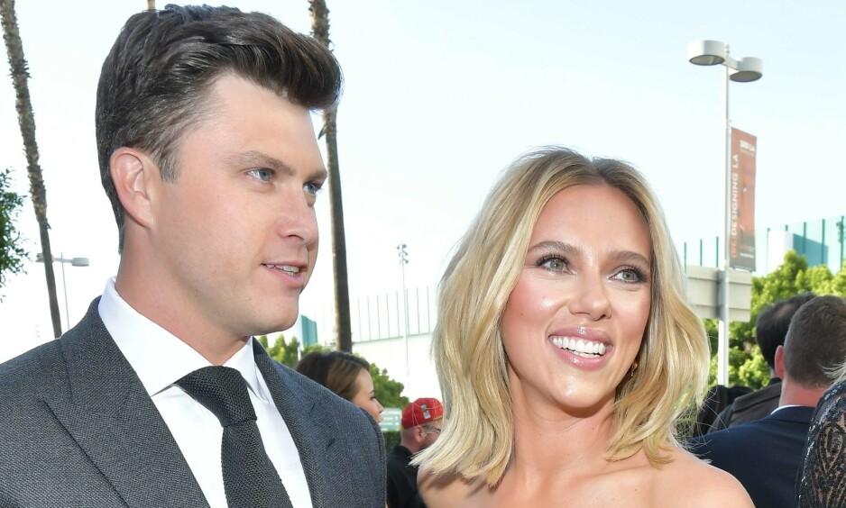PLANLEGGER BRYLLUP: Scarlett Johansson og Colin Jost gleder seg til å bli mann og kone. Foto: NTB Scanpix