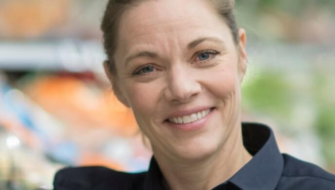 STØRRE OG BREDERE: Nina Horn Hynne i Meny tar Odas grep med knusende ro. Hun mener at prisforskjellene er små, og at Meny har et langt bredere nedslagsfelt. Foto: Meny