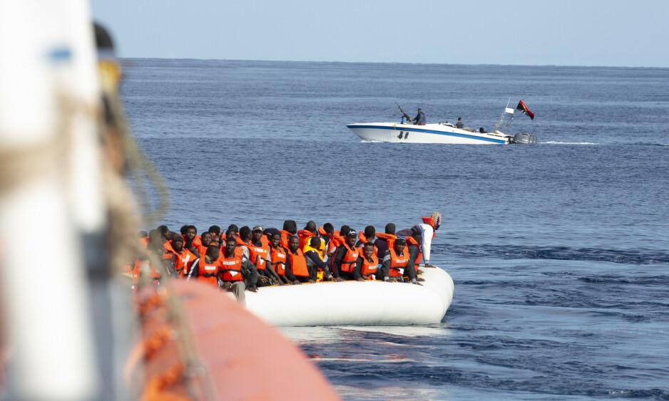 MENNESKESMUGLERNES BESTEVENN: MDGs omtanke for grunnløse migranter går bare på bekostning av flyktninger som virkelig trenger det, skriver artikkelforfatteren. Foto: Sea-Eye / AP / NTB Scanpix