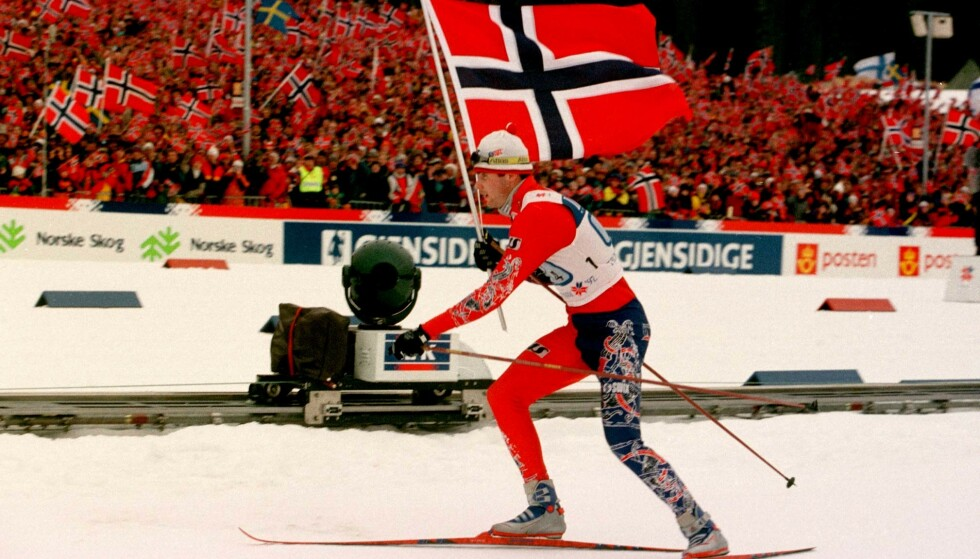 VM-arena: Granåsen i Trondheim får mest trolig ski-Vm i 2025. Her fra da Thomas Alagaard skøytet inn til stafettseier for Norge i ski-VM i Granåsen i 1997. Foto: Rune Petter Ness, NTB Scanpix