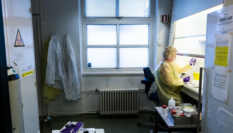 VET LITE: – Vi vet lite om disse stoffene ennå. Når du blir eksponert for mange PFAS'er på en gang – som i dette tilfellet – er det vanskelig å si hvilken helseeffekt som skyldes det ene og det andre, sier seniorforsker Line Småstuen Haug ved Folkehelseinstituttet. Foto: John T. Pedersen/Dagbladet