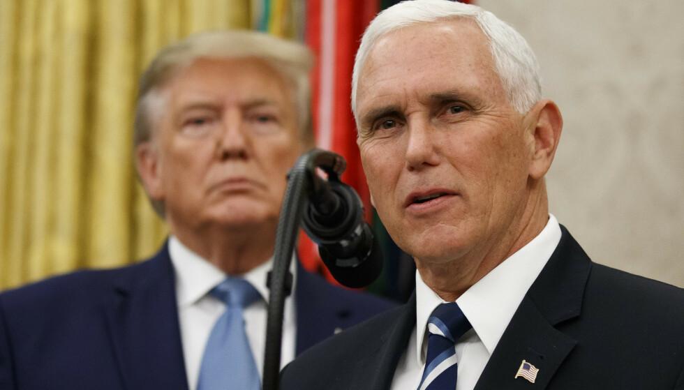 NY TSAR: USAs president, Donald Trump, har utnevnt visepresident, Mike Pence, til å lede arbeidet mot coronaviruset. Foto: AP Photo/Alex Brandon