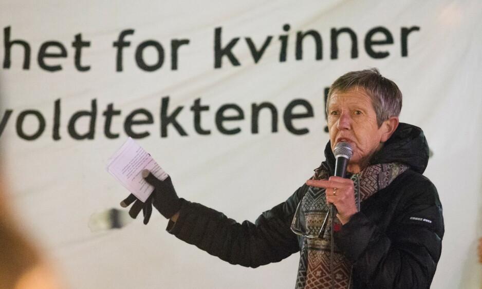 RUINERER TILBUDET: Hvordan kan vi, med den stolte historien om kamp for våre medsøstre, svikte kvinnekampen, kollegaer og brukere, ved å tie om dette?, spør Tove Smaadahl. Foto: Audun Braastad / NTB Scanpix
