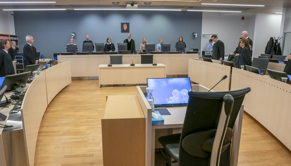 DIGITAL HOVEDFORHANDLING: Rettssal 250 i Oslo tingrett, hvor rettssaken mot Eirik Jensen og Gjermund Cappelen nå holdes, er en av landets heldigitale rettssaler. Nå kommer det flere. Foto: Heikko Junge / NTB scanpix