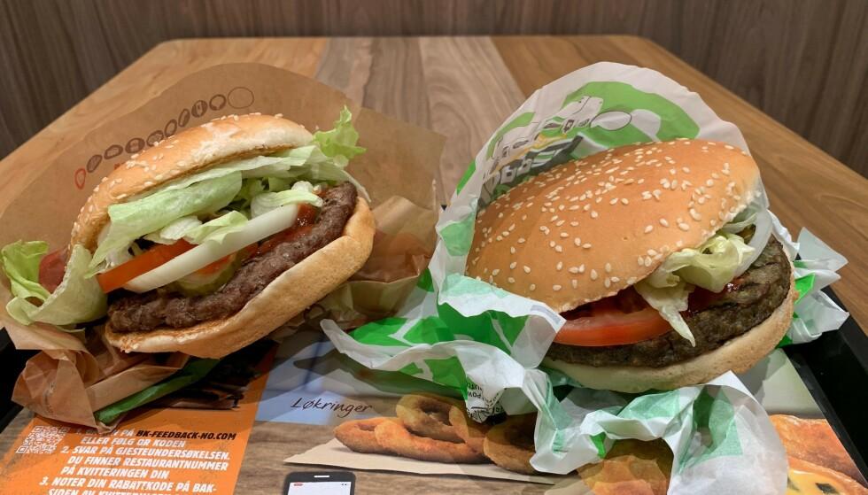 GRØNN BURGER: Burger Kings klassiske Whopper til venstre, Rebel Whopper til høyre.