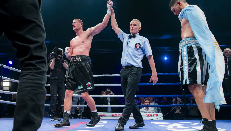 DRAMATISK: Kai Robin Havnaa vant en høydramatisk kamp i EKeberghallen mot argentineren Mariano Angel Gudino. Foto: Håkon Mosvold Larsen / NTB scanpix