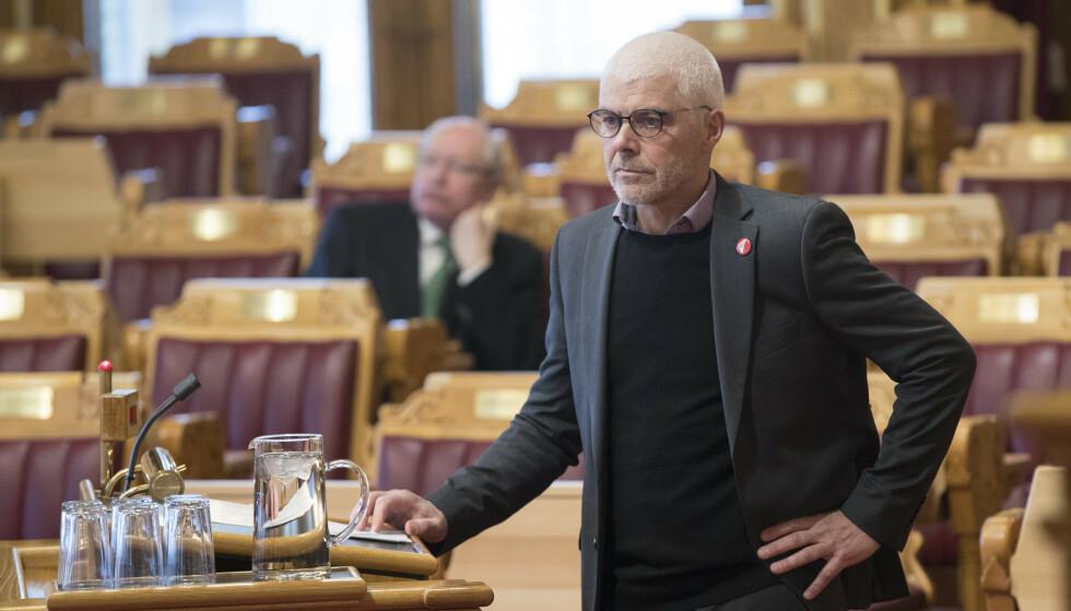 POSITIV: Petter Eide (SV) er positiv til AUFs forslag om å redusere politikerlønningene. Foto: Vidar Ruud / NTB scanpix