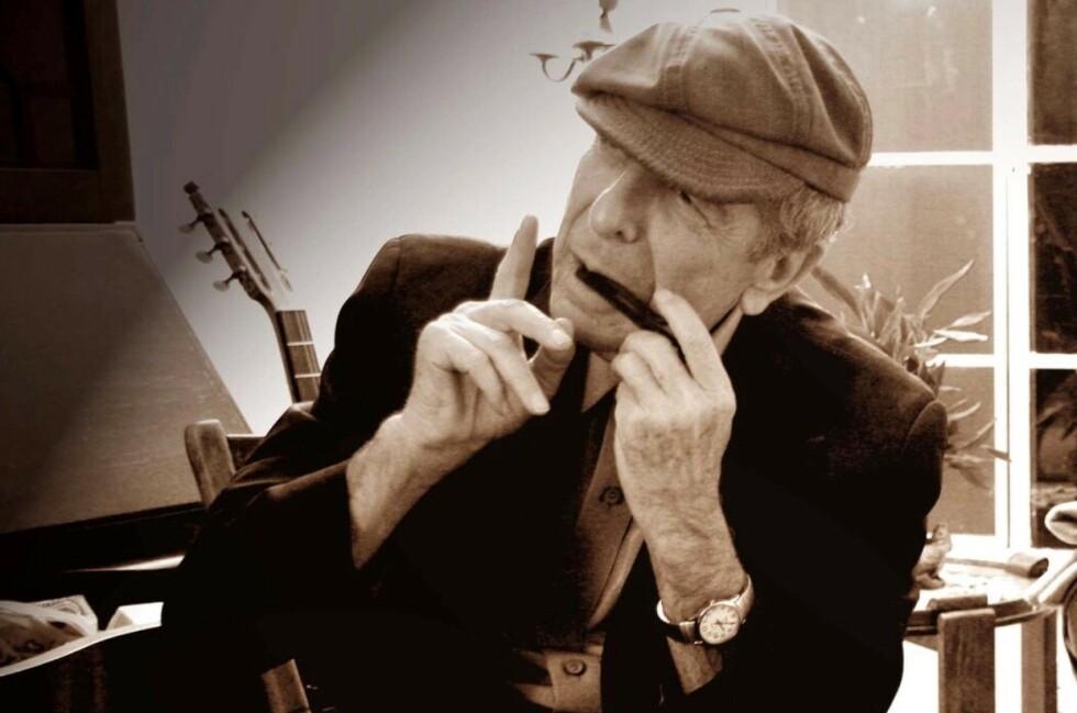 POSTHUMT ALBUM: Leonard Cohen døde i november 2016, 82 år gammel. Ikke lenge før han døde startet han innspillingen av flere sanger til et album som nå er ferdigstilt av sønnen Adam med venner. Foto: Sony Music