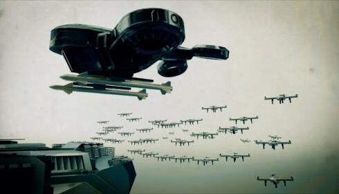 TENKENDE DRONER: Se for deg framtidsscenarioet der en terrorist har klart å hacke seg inn i de ferdig ladde drapsdronene til den amerikanske hæren. Så sendes drapsrobotene inn en stor folkemengde, programmert for å drepe. Foto fra filmen til Campaing to Stop Killer Robots