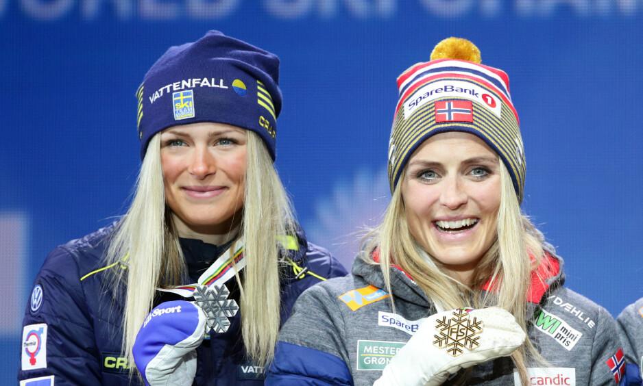 TAR OPP KAMPEN: Frida Karlsson (20) kan allerede denne vinteren utfordre Therese Johaug i kampen om langrennstronen. Begge sesongåpnet strålende i dag. Foto: REUTERS/Lisi Niesner