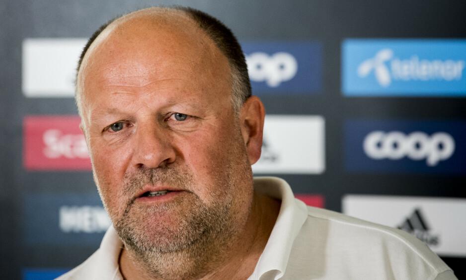 SER FRAMOVER: Rosenborg har hatt en svært utfordrende sesong. – Jeg er laget sånn at vi skal prøve å være litt flinkere i morgen, sier styreleder Ivar Koteng. Foto: Ole Martin Wold / NTB scanpix