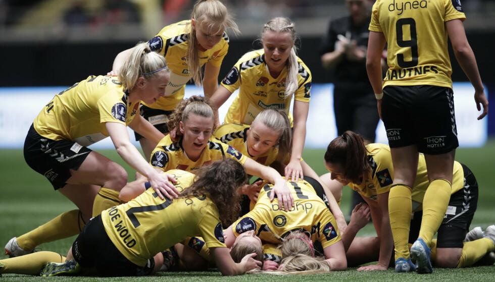 VANT ENKELT: LSK Kvinner knuste Vålerenga i cupfinalen. Foto: Stian Lysberg Solum / NTB scanpix