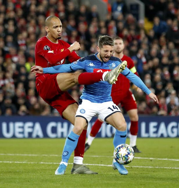 MÅLSCORER: Dries Mertens, her i duell med Liverpools Fabinho. Foto: NTB Scanpix
