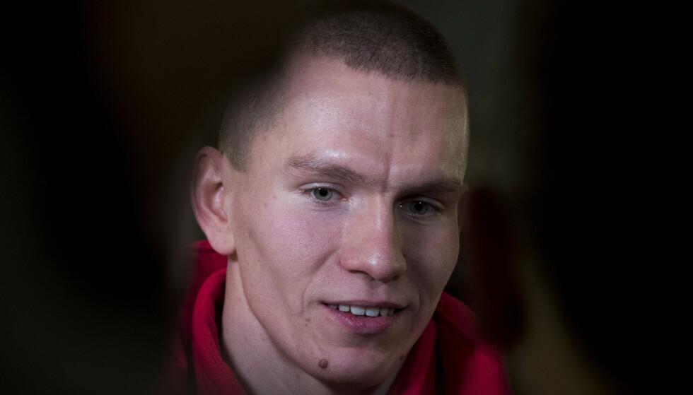 KLAR FOR KAMP? Aleksander Bolsjunov brukte torsdagens pressetreff til å snakke seg veldig ned før verdenscupstarten i Ruka i morgen. Foto: Terje Pedersen / NTB Scanpix
