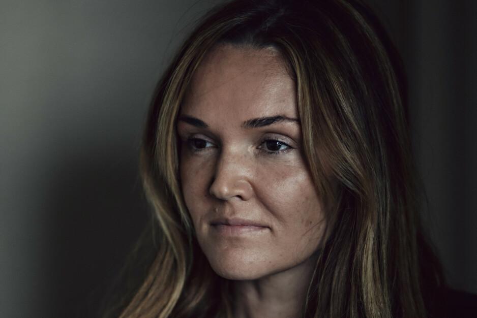 SPION: Amaryllis Fox (38) ble en av etterretningstjenesten CIA sine yngste spioner. I en selvbiografi forteller om detaljert om spionrollen, og treningen hun måtte gjennom. Foto: Sasha Arutyunova / The New York Times / NTB Scanpix